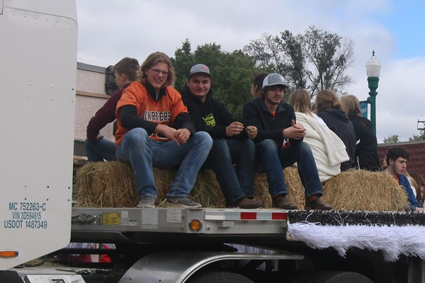 On the senior float, Kenyon Shellum, Ethan Holleran, and Casey Machmiller